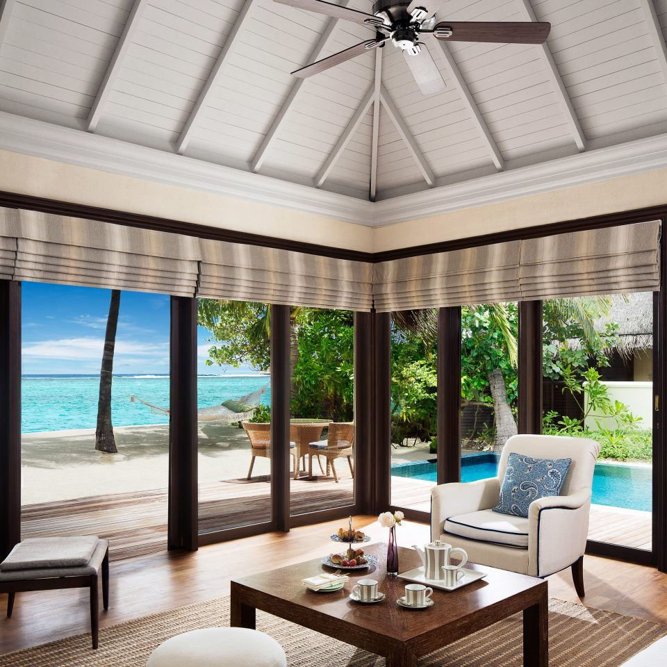 Beachfront Bedroom Resort Suite property condominium home living room Villa overlooking porch mansion Island