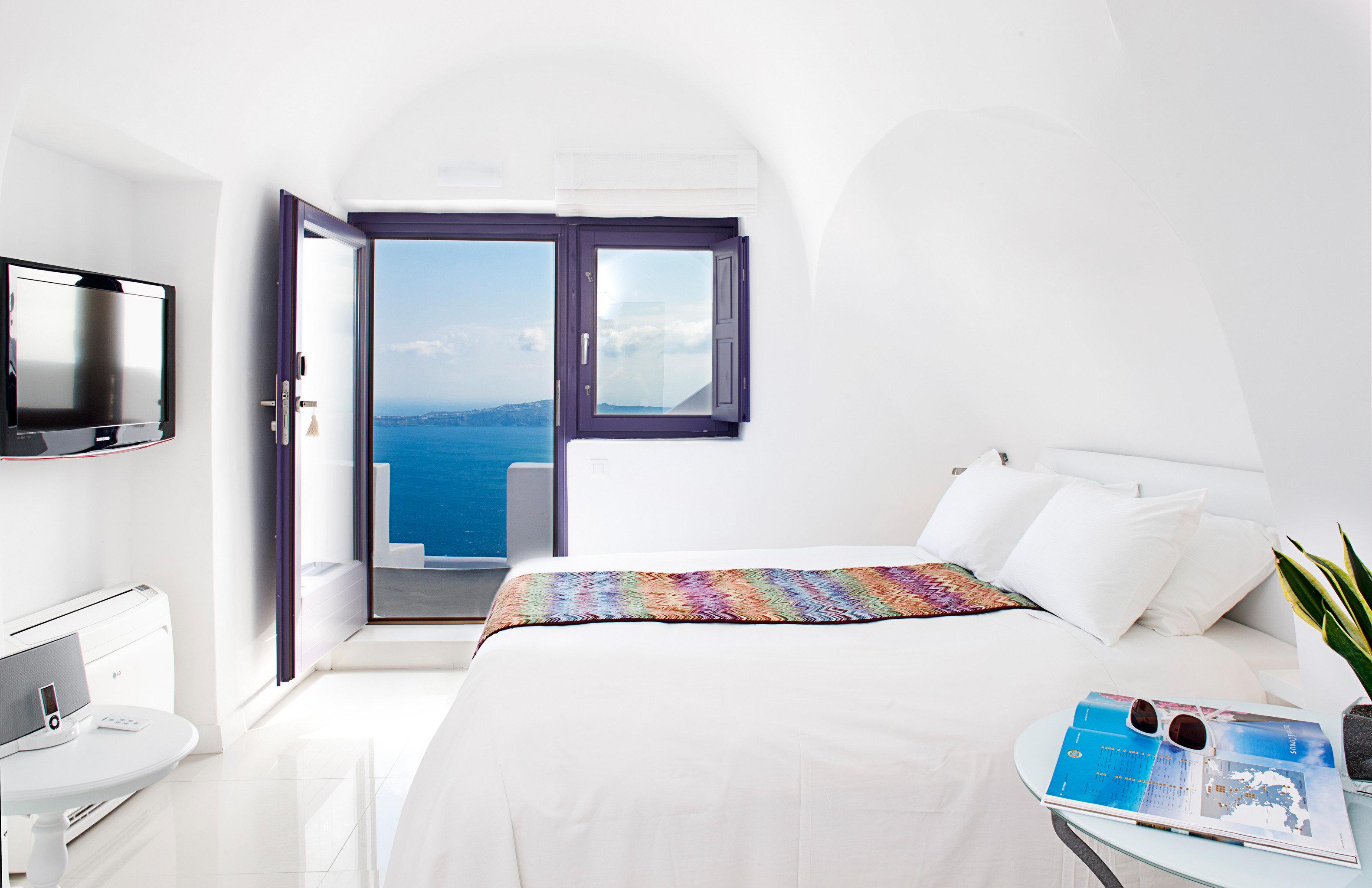 Beachfront Bedroom Lounge Luxury Scenic views Suite property cottage scene home pillow living room Villa