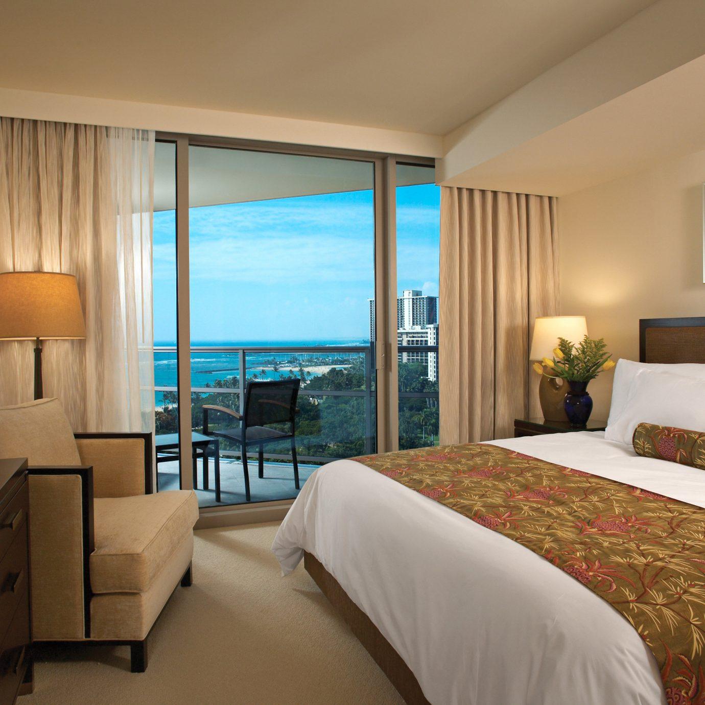Beachfront Bedroom Luxury sofa property Suite condominium home pillow nice living room cottage beautiful