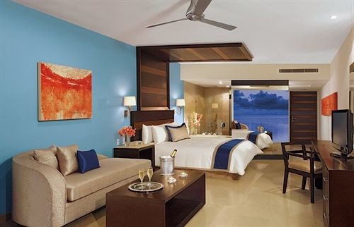 Beachfront Bedroom Modern Resort Waterfront property Suite living room condominium Villa cottage