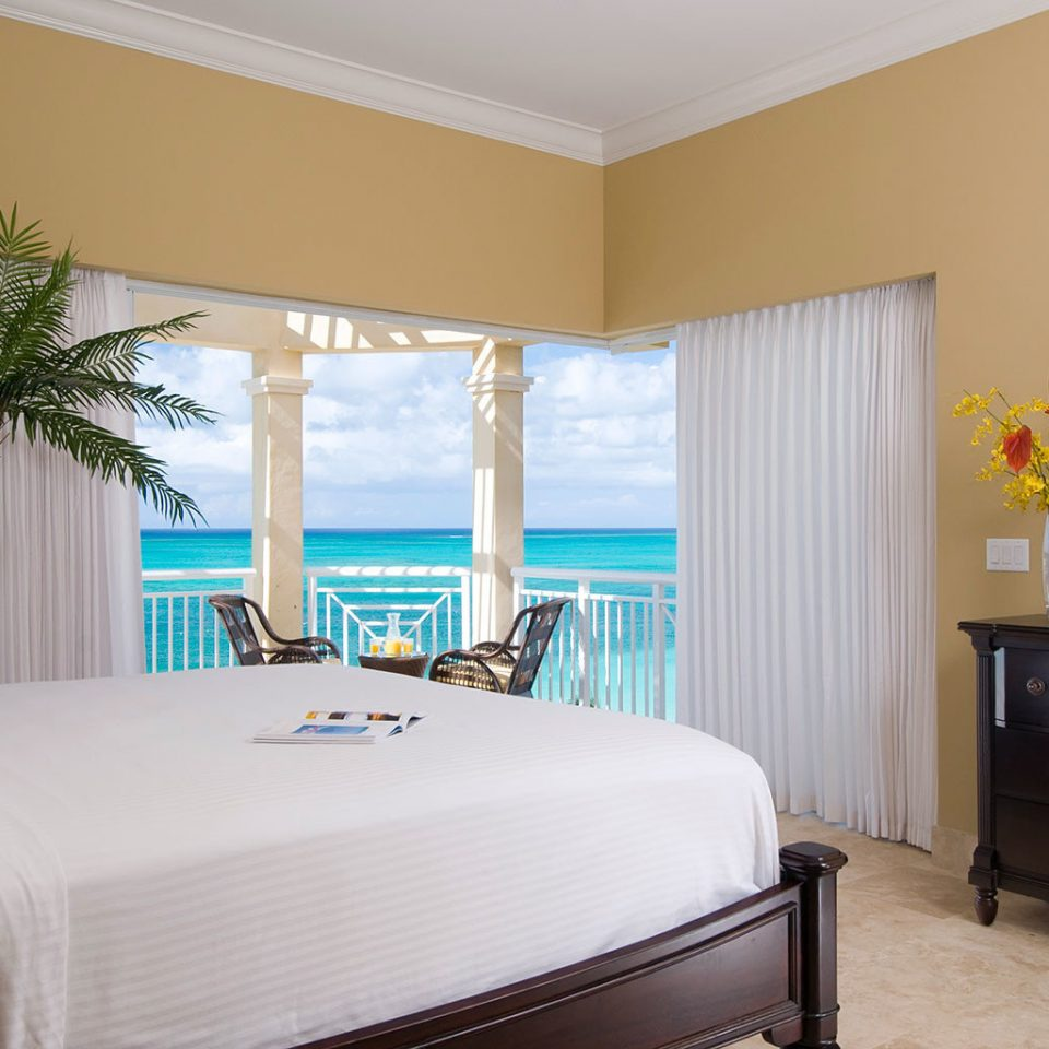 Beachfront Bedroom Modern Resort property Suite home cottage flat