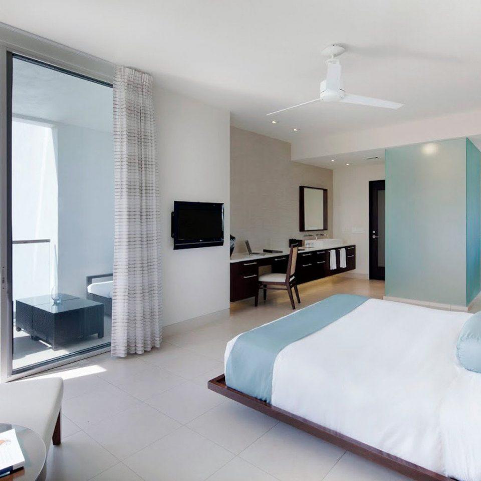 Beachfront Bedroom Resort property living room condominium white Suite Modern