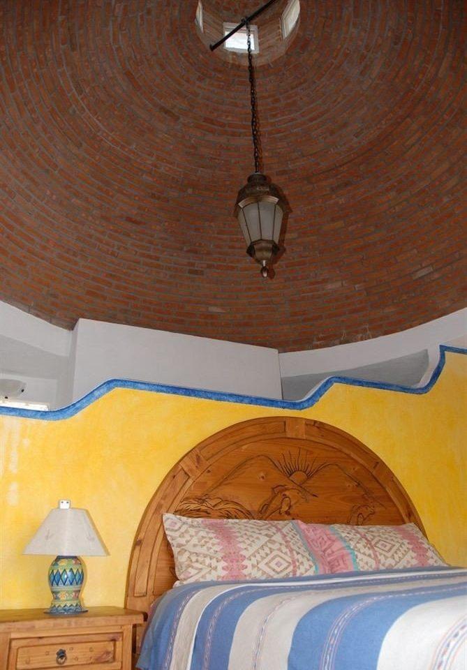 Beachfront Bedroom Resort Rustic Tropical Waterfront lighting