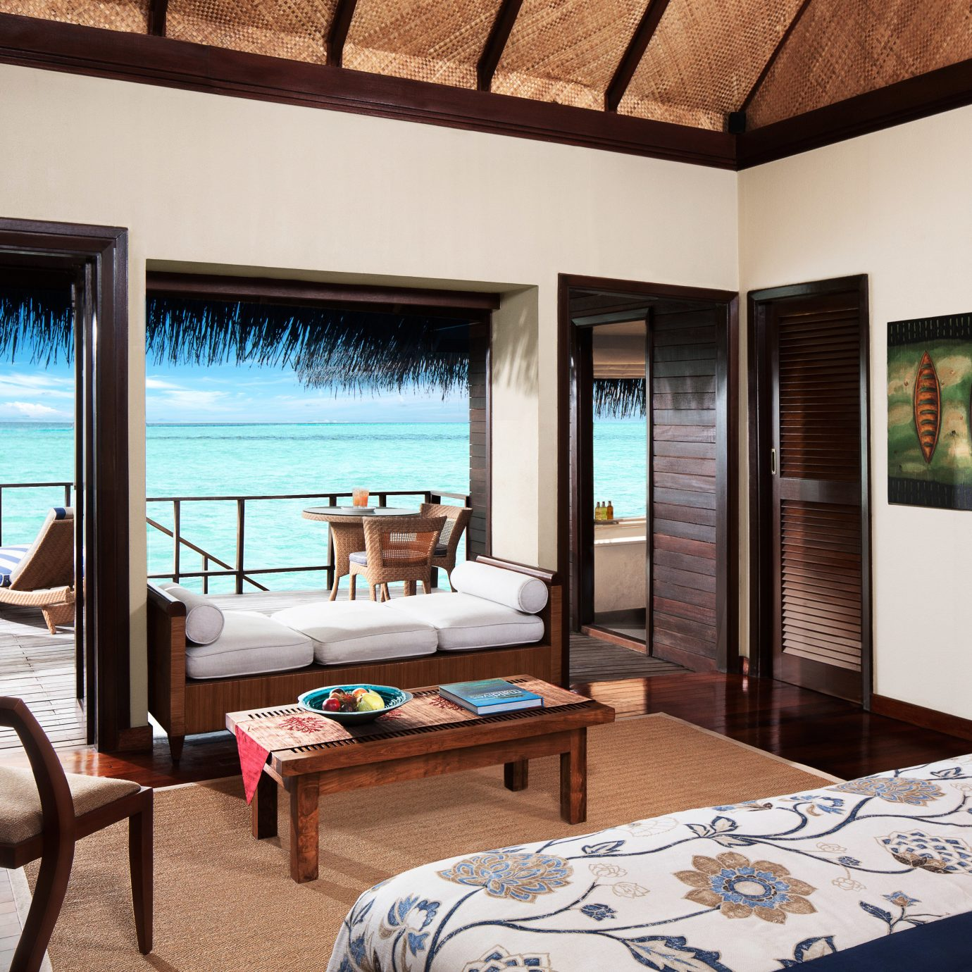 Beachfront Bedroom Resort Villa property house home living room Suite condominium swimming pool cottage mansion