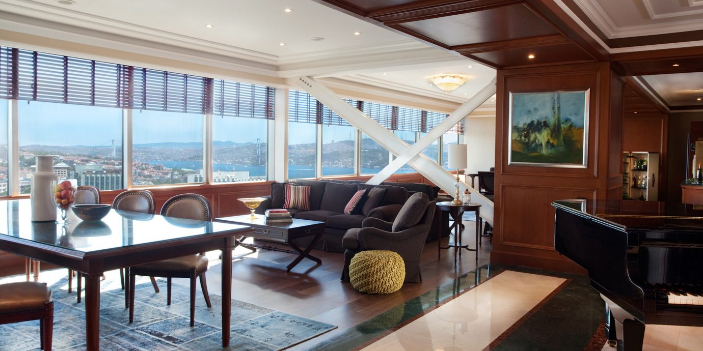 Beachfront City Lounge Luxury Modern Scenic views property passenger ship yacht vehicle Boat living room home condominium recreation room ship luxury yacht Lobby