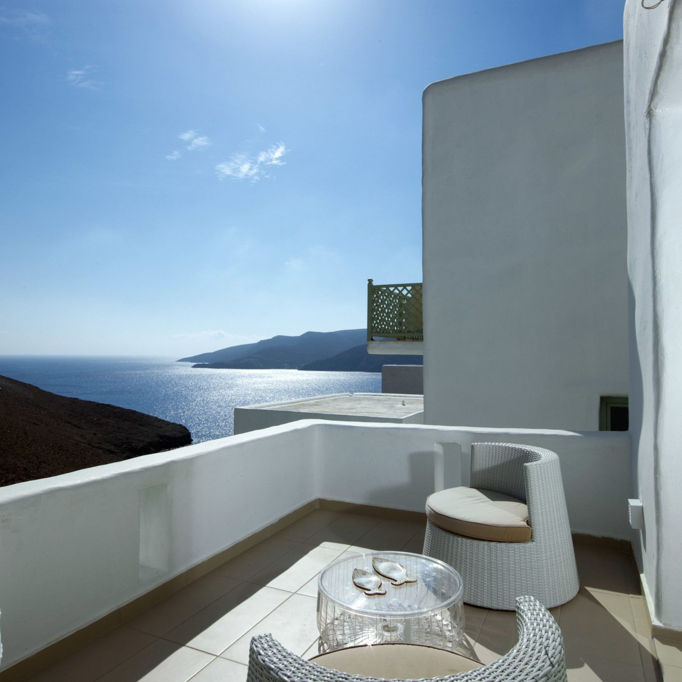 Beachfront Classic Deck Honeymoon Luxury Scenic views Suite property house swimming pool Villa home cottage