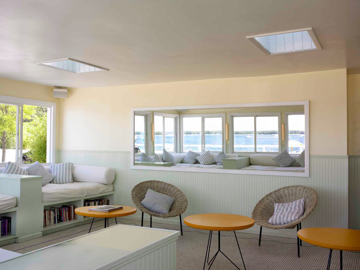 Beachfront Classic New York Romance Scenic views Trip Ideas Weekend Getaways property condominium yellow living room home Villa daylighting cottage