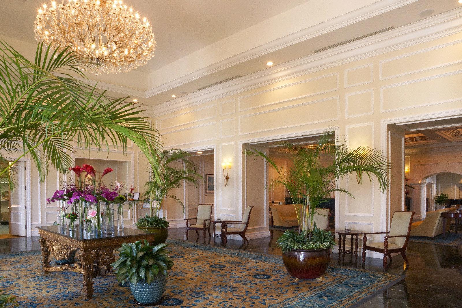 Beachfront Lobby Lounge Modern property plant home condominium living room mansion floristry Courtyard lighting Villa Suite