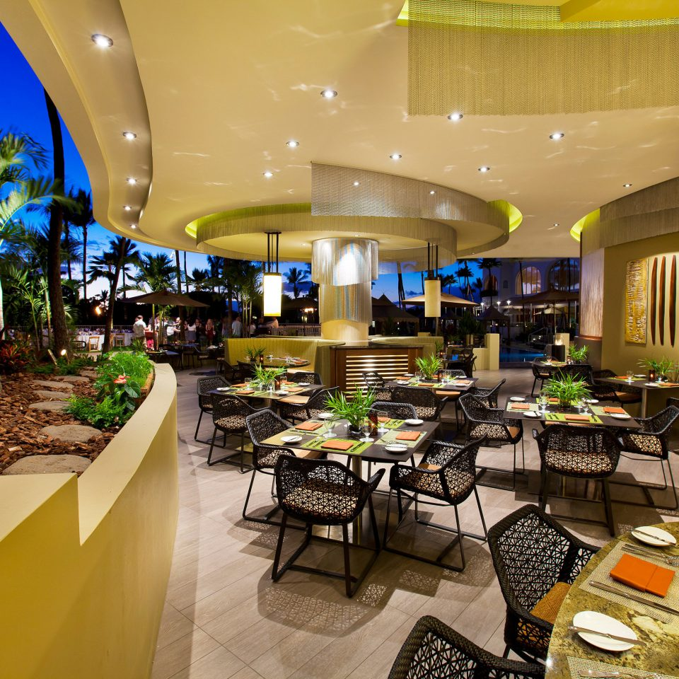 Beachfront Dining Drink Eat Family Resort restaurant Lobby function hall convention center buffet