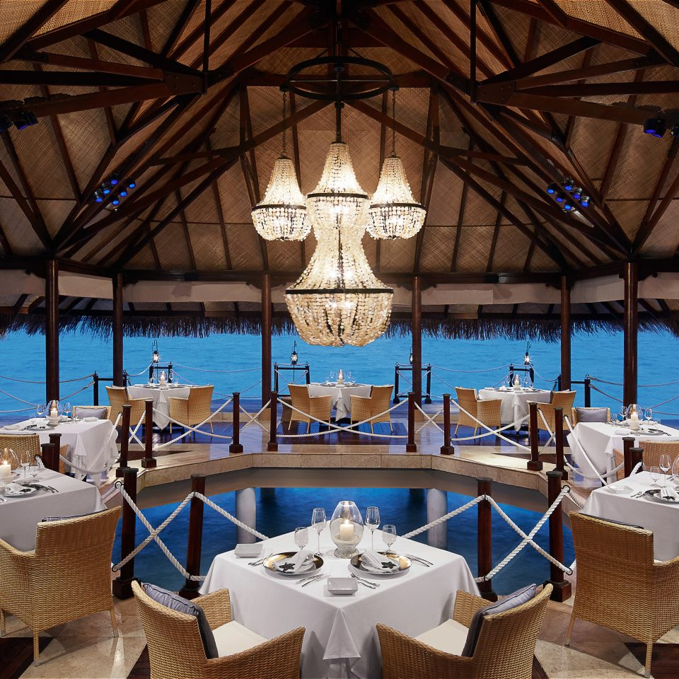 Beachfront Dining Drink Eat Resort restaurant Villa