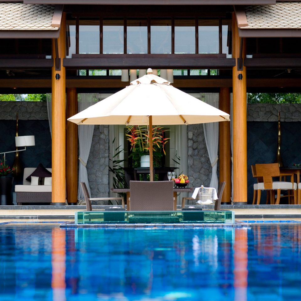 Beachfront Dining Luxury Pool Romance Romantic leisure swimming pool chair Resort empty swimming