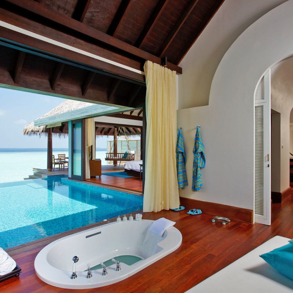 Beachfront Elegant Luxury Modern Pool Villa property swimming pool Resort home cottage Suite mansion