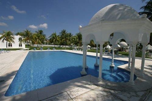Beachfront Exterior Luxury Modern Pool Tropical building swimming pool property Villa Resort hacienda dome