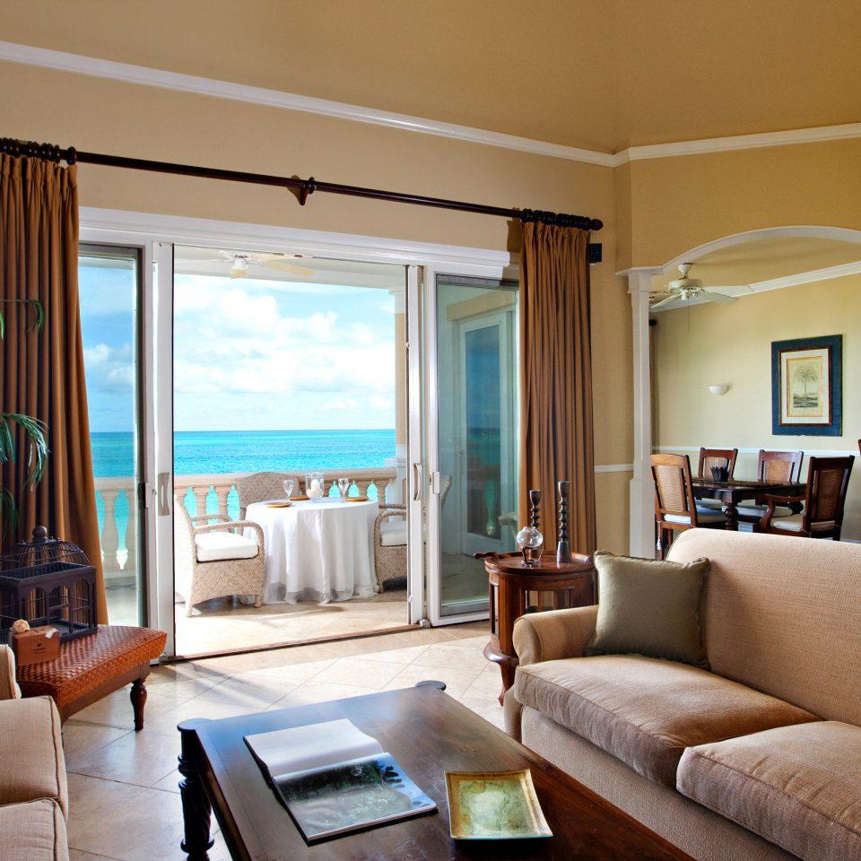 Beachfront Family Luxury Modern Resort Scenic views sofa property living room condominium home Suite Villa cottage flat leather