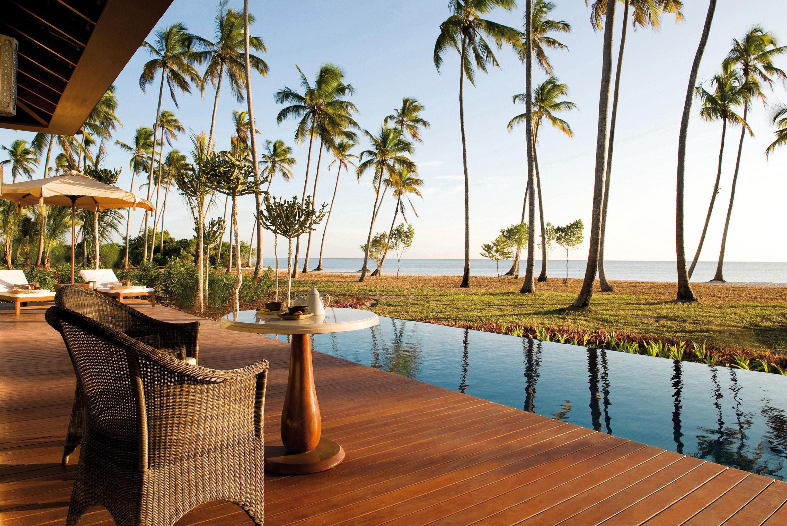 Beachfront Family Luxury Patio Pool Resort Scenic views sky palm leisure property arecales swimming pool home Villa caribbean condominium lined