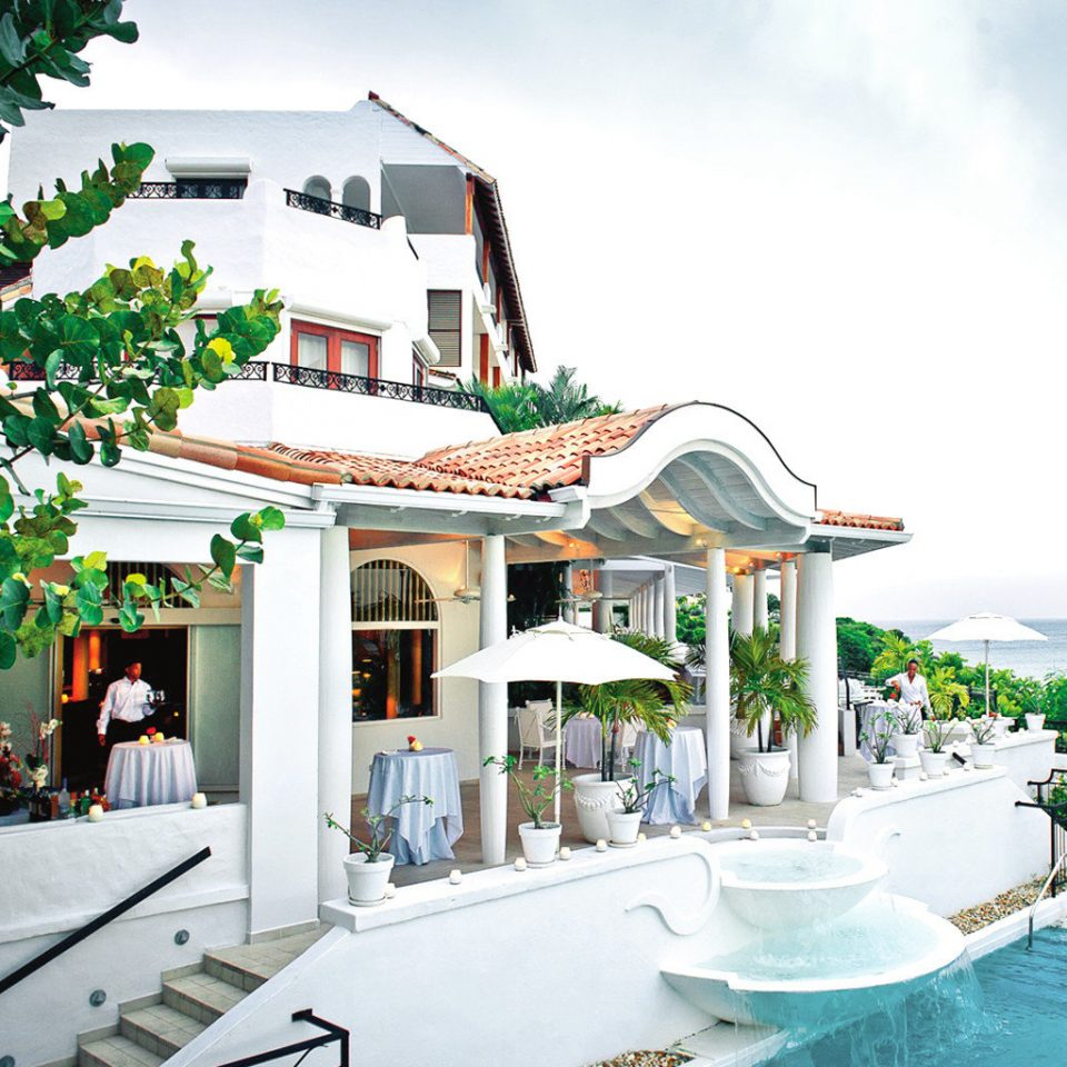 Beachfront Family Luxury Play Pool Resort leisure property swimming pool home Villa caribbean mansion