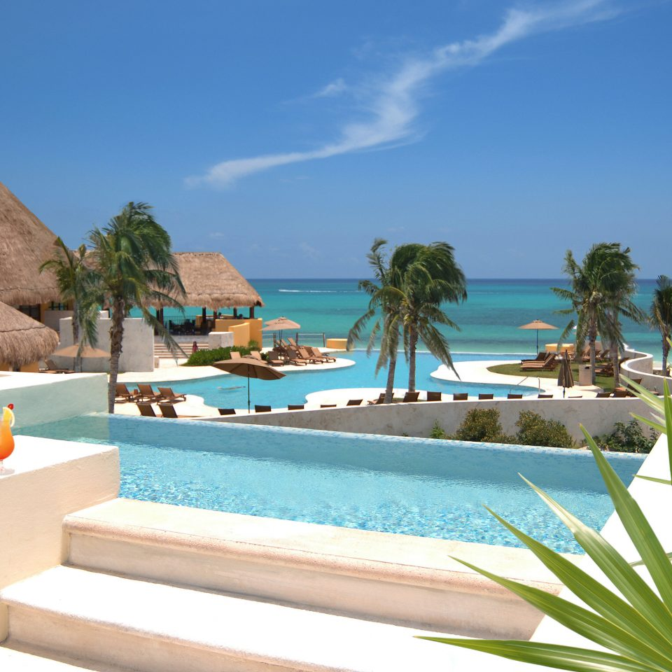 Beachfront Family Play Pool Resort Scenic views sky swimming pool property leisure caribbean palm Villa