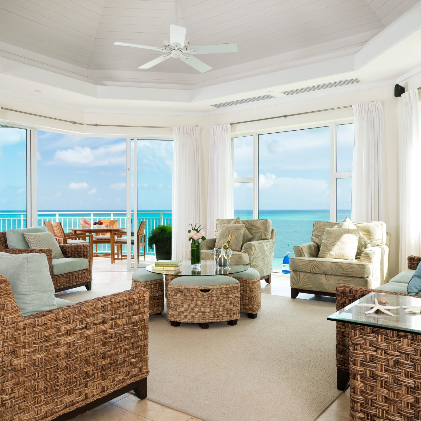 Beachfront Family Scenic views sofa living room property home condominium Suite mansion cottage Villa