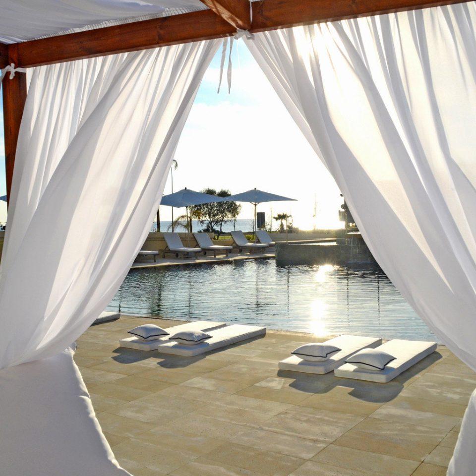 Beachfront Hip Lounge Luxury Modern Scenic views curtain Villa