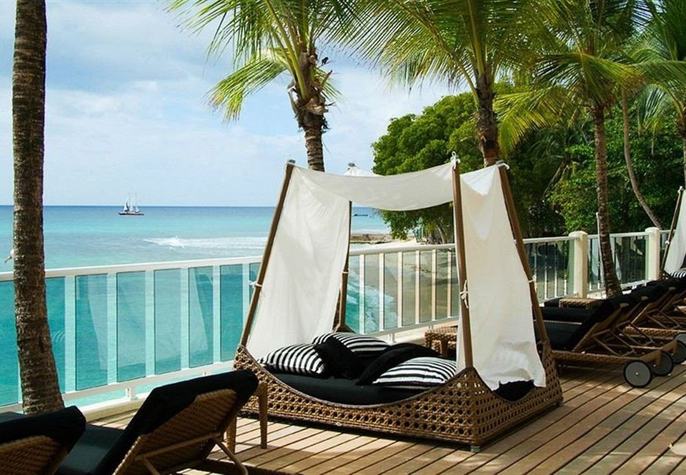 Beachfront Hip Lounge Luxury tree leisure property Resort caribbean Villa swimming pool condominium
