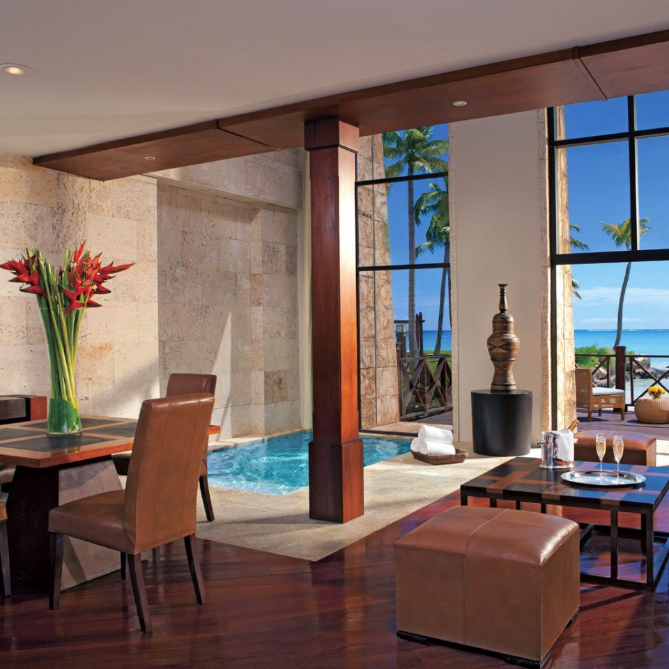 Beachfront Lounge Luxury Modern Scenic views property living room Lobby home condominium Suite Villa Resort