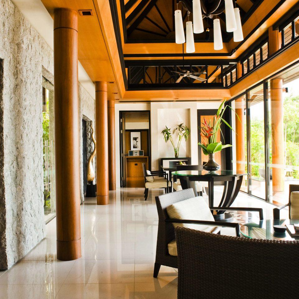 Beachfront Lobby Luxury Romance Romantic property home living room restaurant