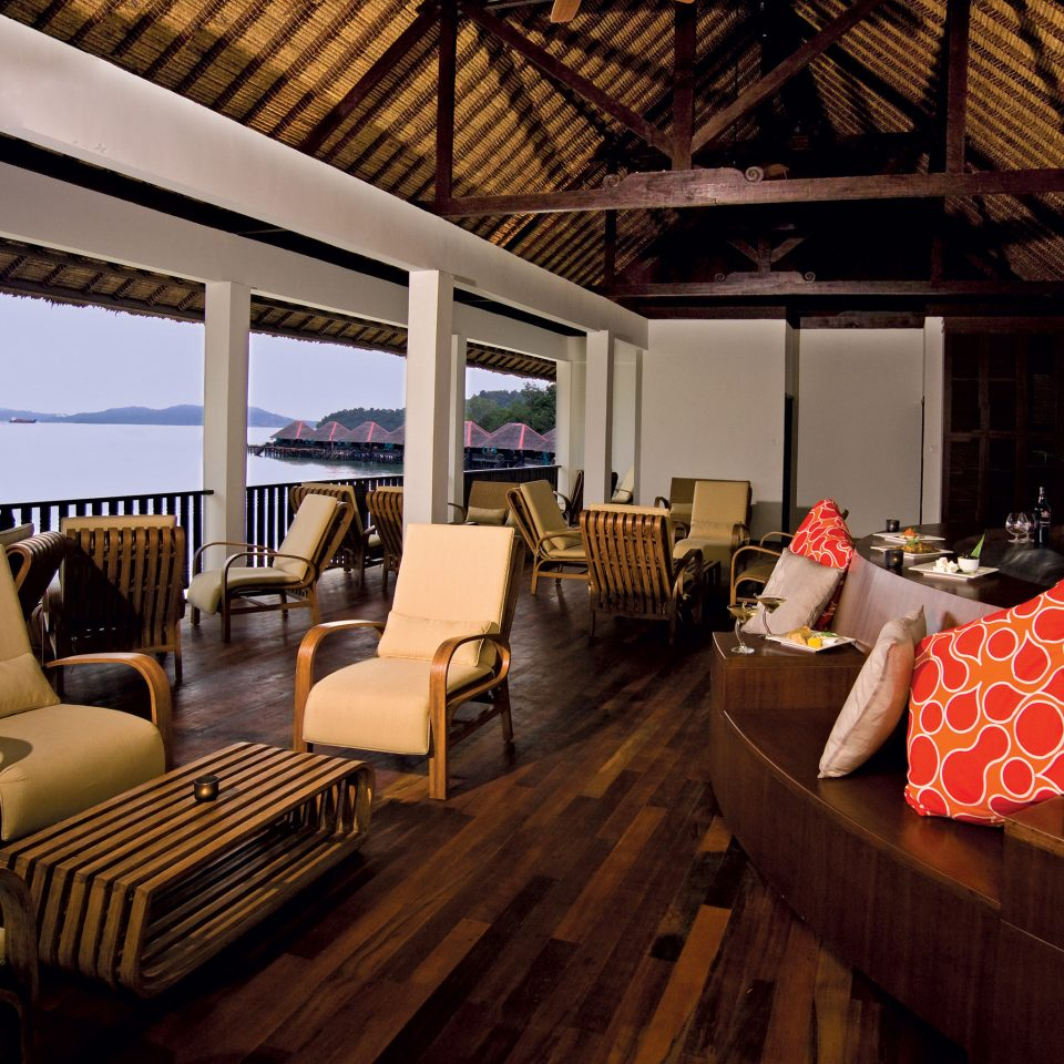 Beachfront Lounge Luxury Modern Scenic views building home Resort living room restaurant
