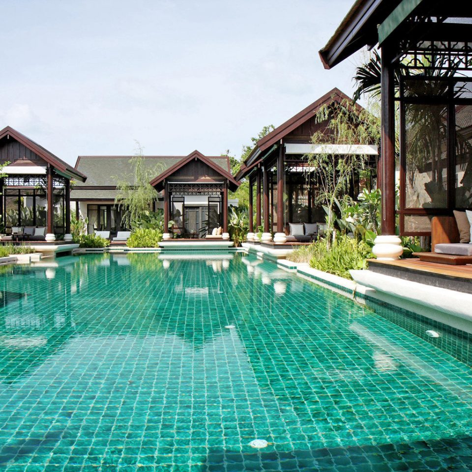 Beachfront Lounge Luxury Modern Pool Scenic views swimming pool building property green leisure Resort backyard condominium Villa blue