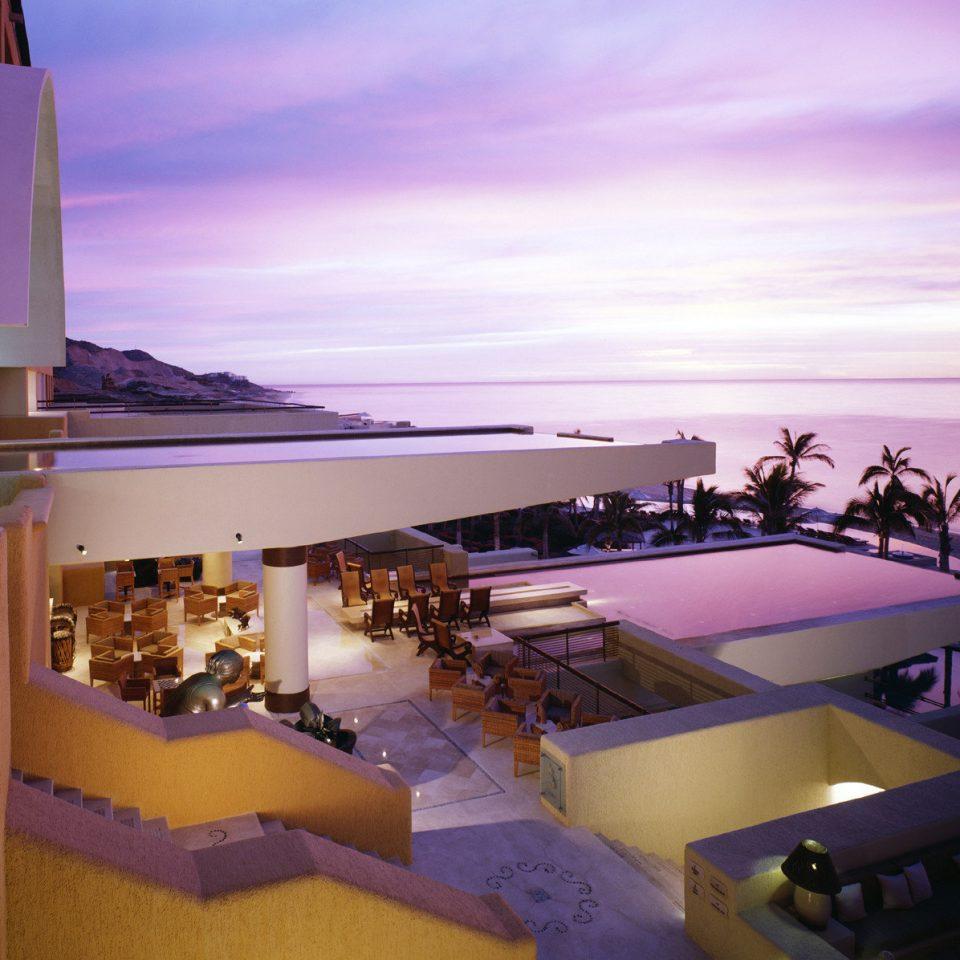 Beachfront Lounge Luxury Modern Pool Tropical Resort