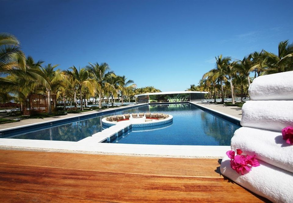 Beachfront Lounge Pool Ranch Tropical swimming pool property leisure Resort Villa caribbean mansion