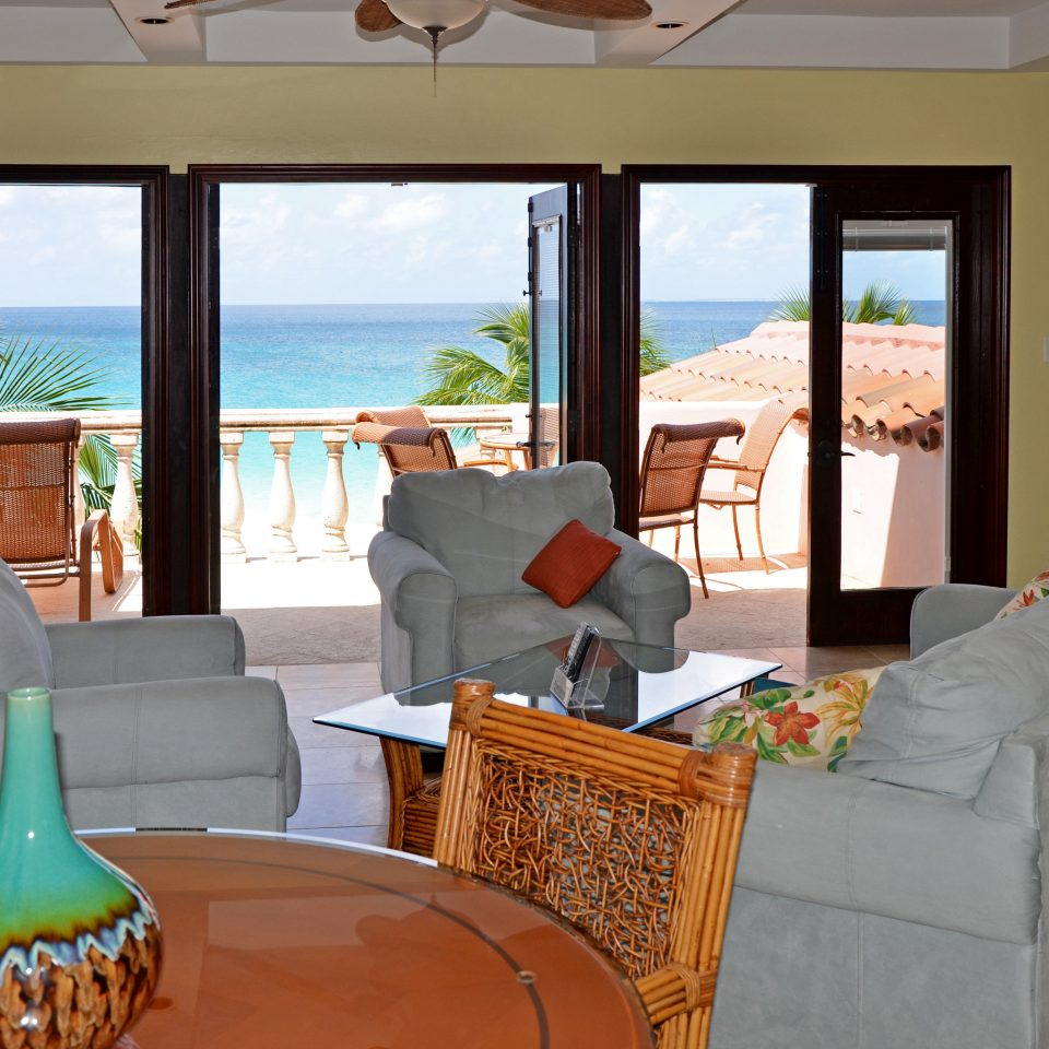 Beachfront Lounge Scenic views property home living room house Villa cottage Resort