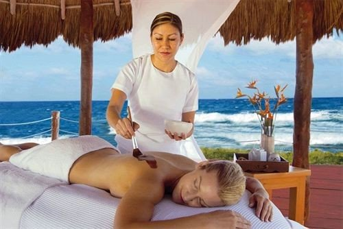 Beachfront Luxury Romantic Spa leisure caribbean sun tanning