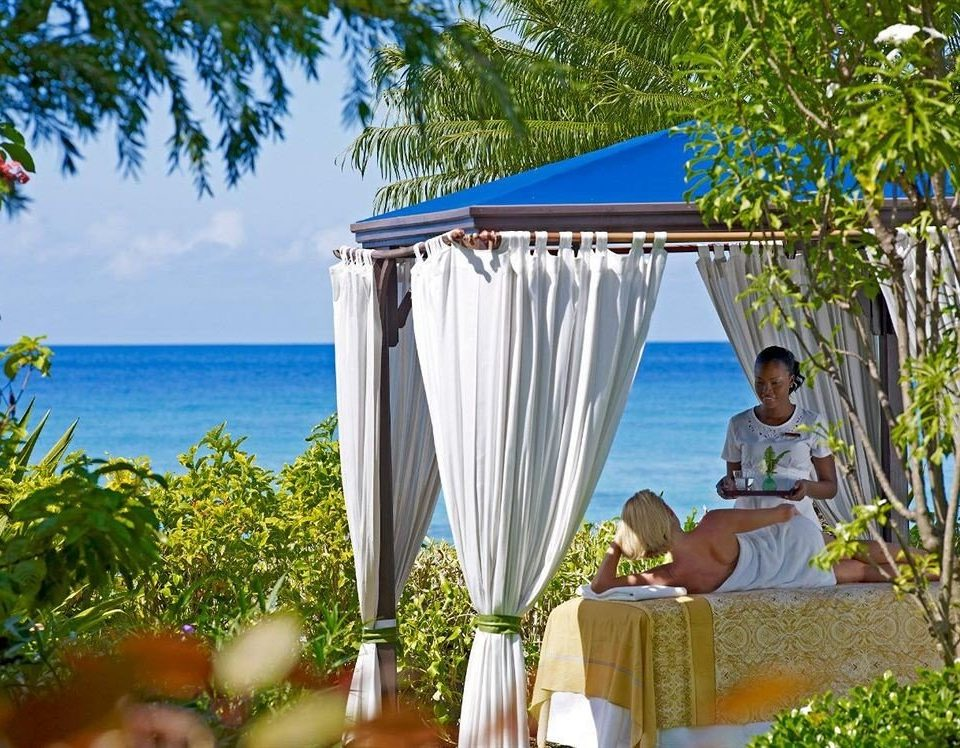 Beachfront Spa tree water leisure Resort backyard caribbean Villa