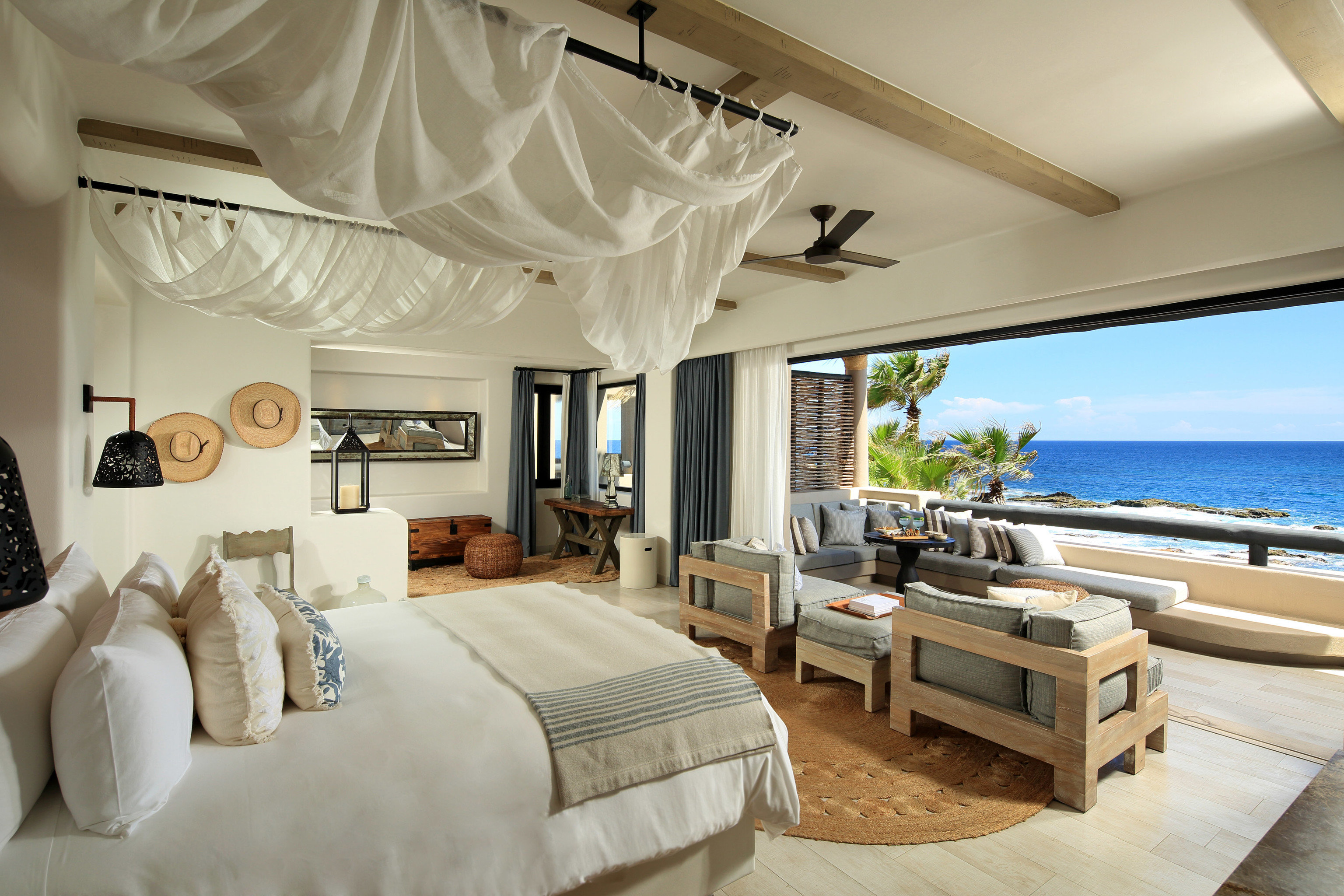 Beauty Hotels Romance Trip Ideas property Bedroom Villa Suite living room home Resort cottage mansion