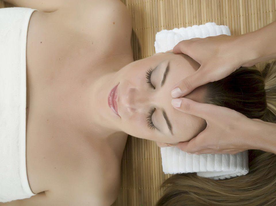 hair face Beauty blond head skin mouth black hair muscle long hair leg neck sense hand interaction human body massage chest