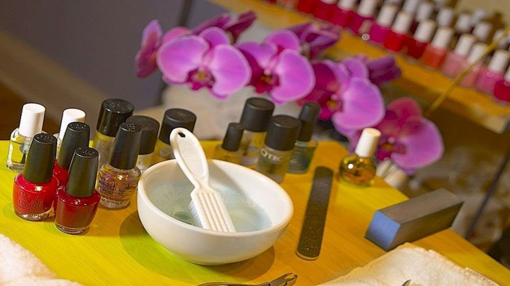 color yellow Beauty flower cosmetics hand cluttered