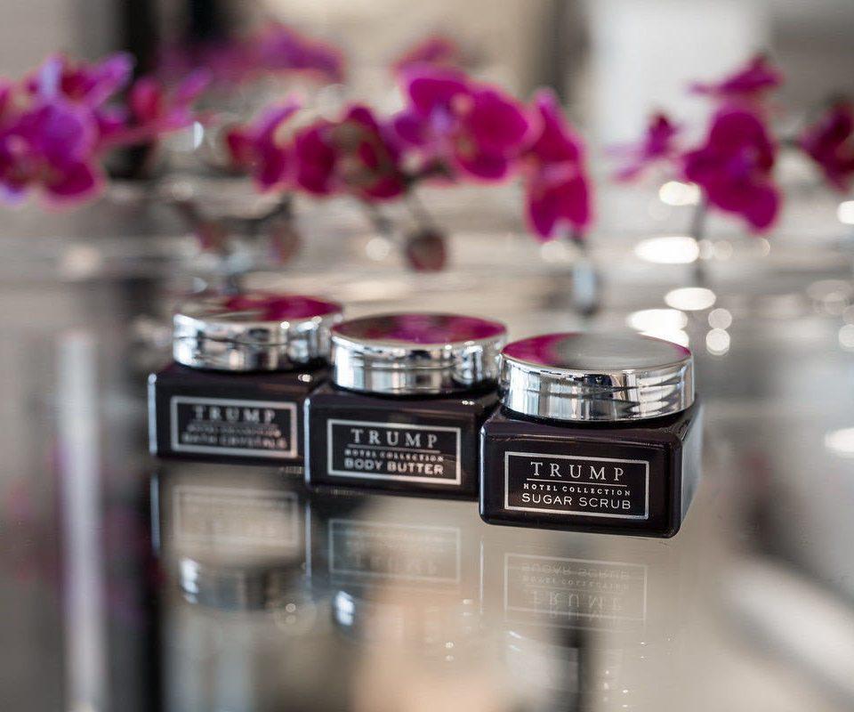 color counter Beauty lighting organ perfume hand glass silver