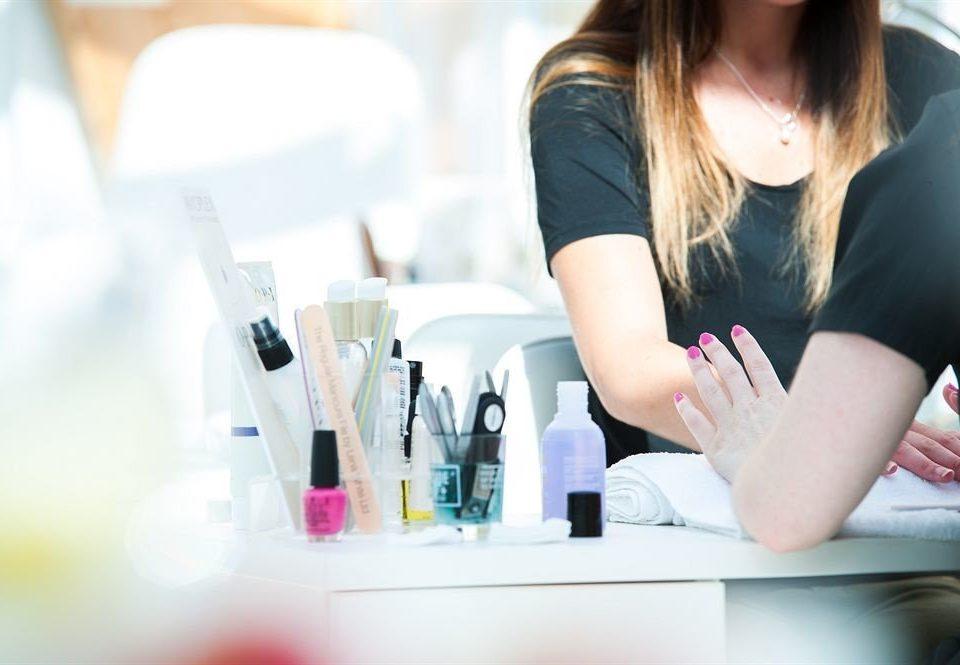 woman Beauty skin writing hand sense toilet