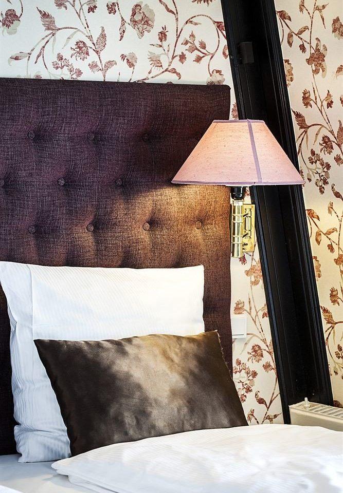 color white black blue bed sheet textile shape wallpaper pillow material bedclothes