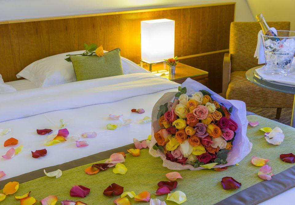 plate color bed sheet flower set