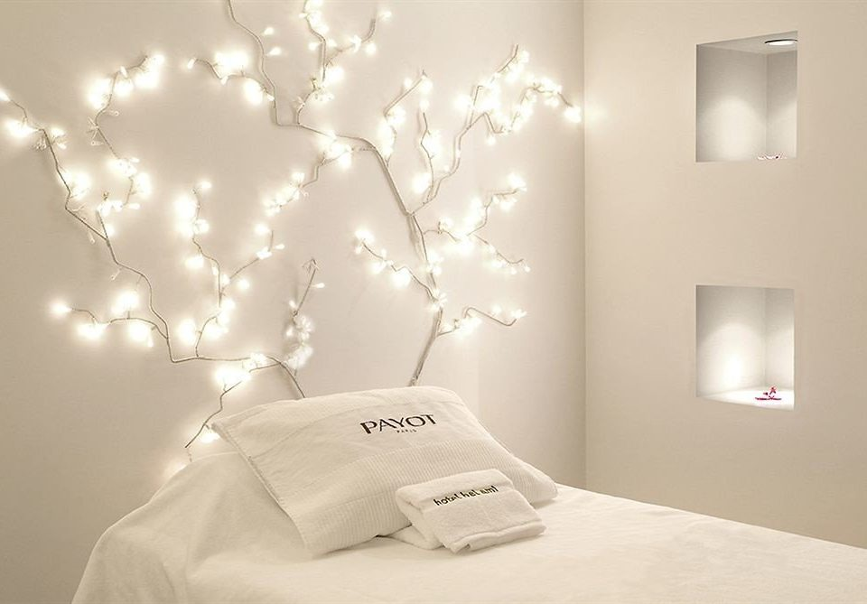 white product lighting wallpaper light fixture bedclothes