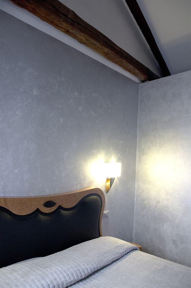 house property light Bedroom daylighting lighting attic