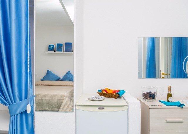 blue curtain bathroom white bathroom cabinet Bedroom tub colored