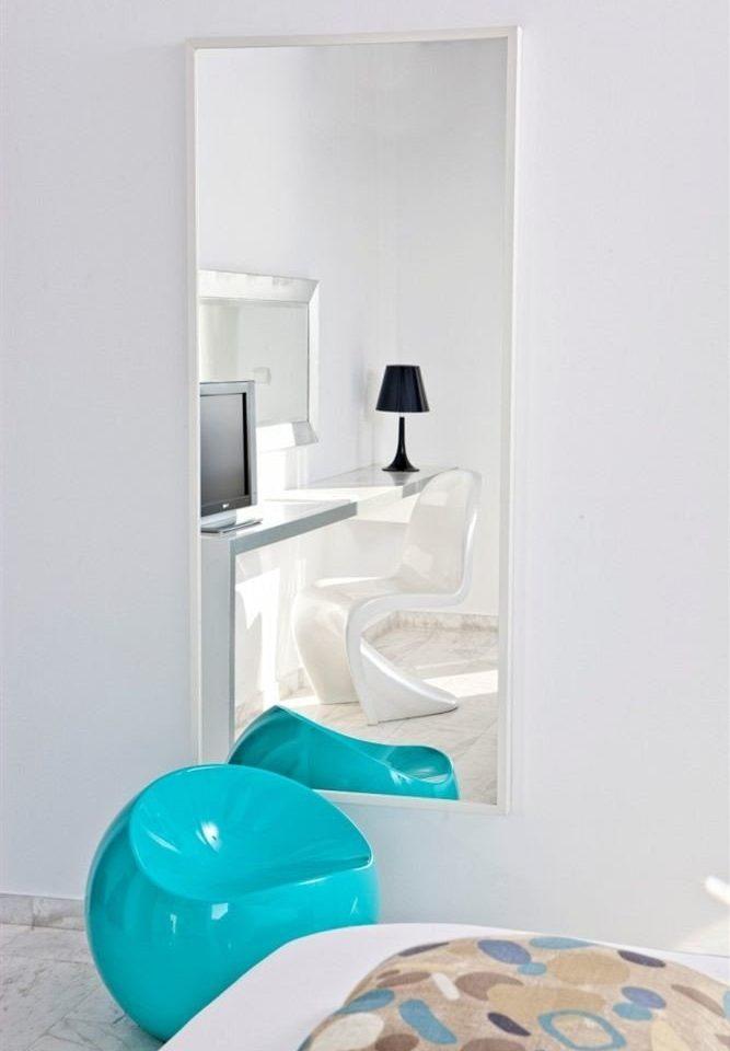 bathroom plumbing fixture bathtub bidet living room Bedroom flooring