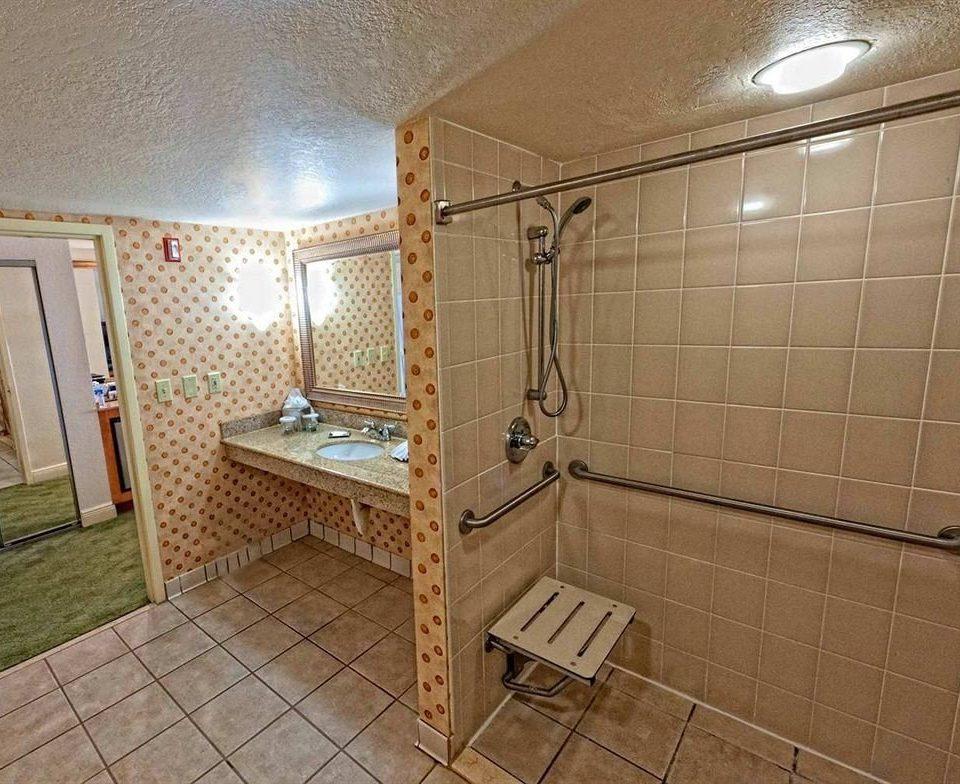 property cottage flooring Bedroom tile tiled bathroom