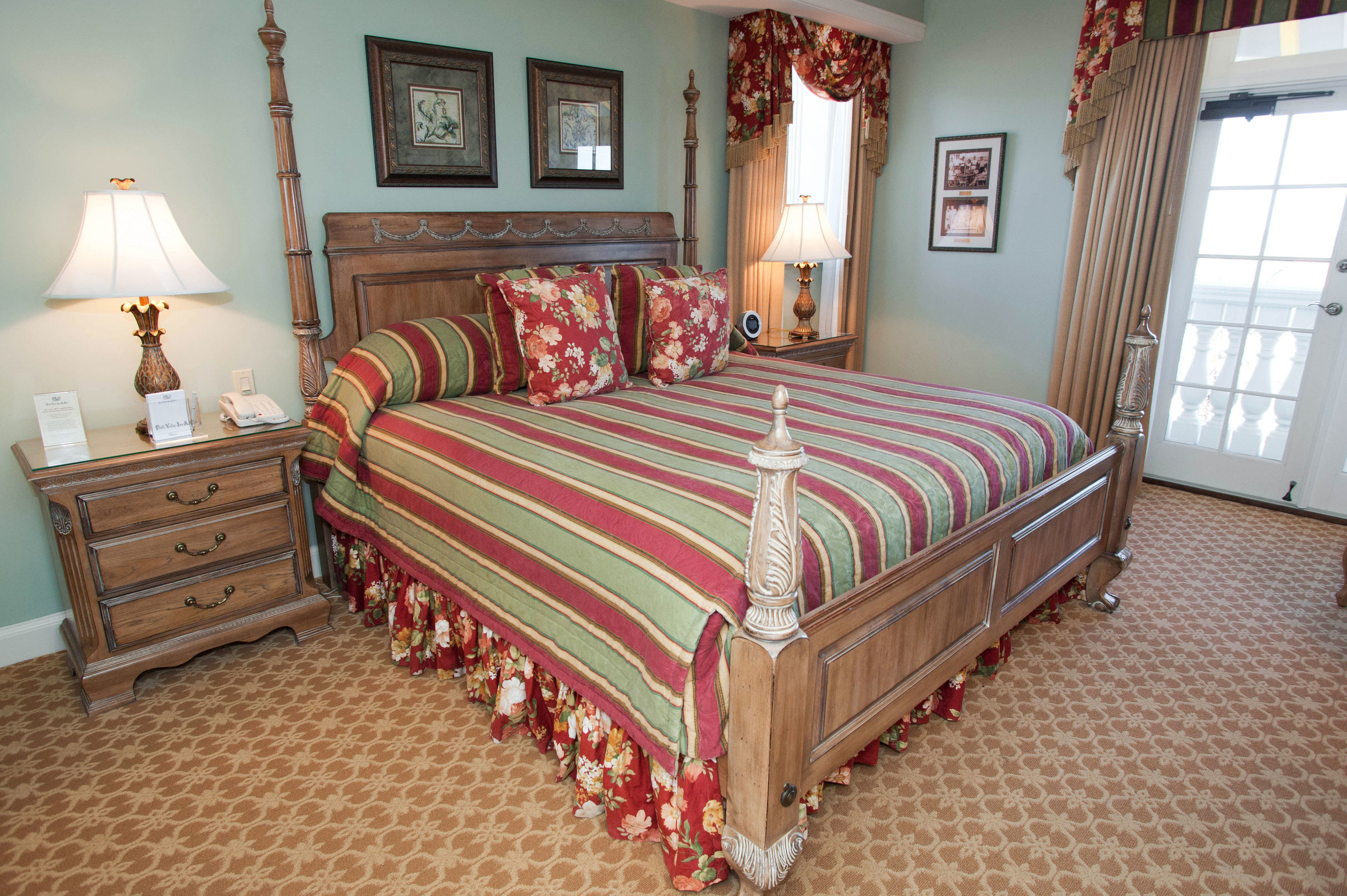 Bedroom property bed sheet cottage hardwood bed frame