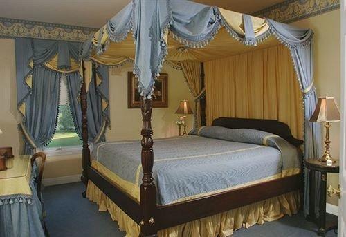 Bedroom property four poster cottage bed frame lamp