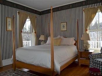 Bedroom property four poster cottage bed frame