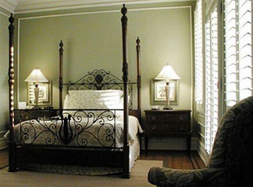 property Bedroom living room home cottage bed frame