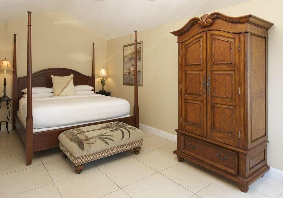 Bedroom hardwood bed frame